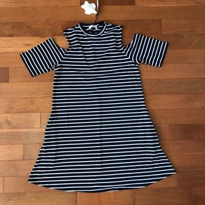 Simply Southern Cold Shoulder Dress Size M